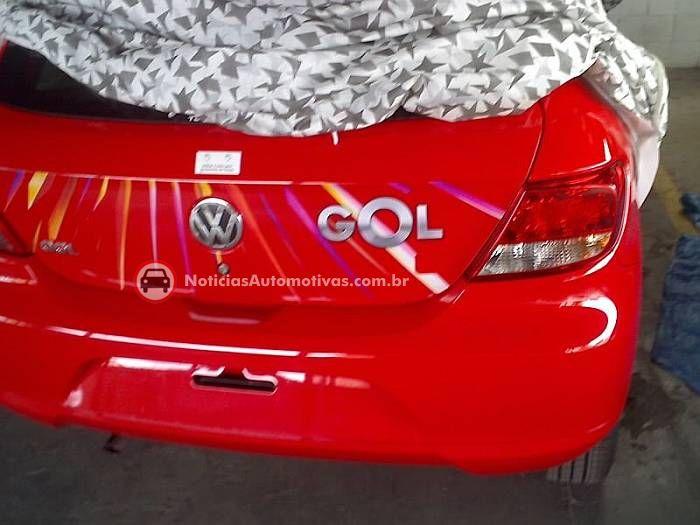 volkswagen-novo-gol-flagra-vermelho-concessionaria