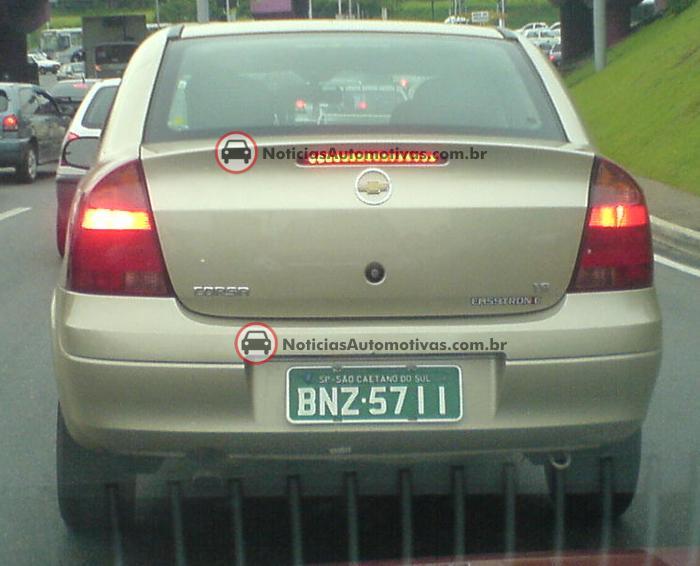 chevrolet-corsa-sedan-1.8-easytronic-flagra-guilherme-conto-1 Segredo: Corsa Sedan 1.8 Easytronic, flagrado pelo leitor do NA