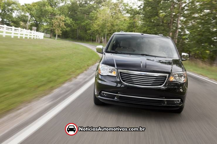 2009 Chrysler Town And Country Interior. Chrysler Town And Country 2011