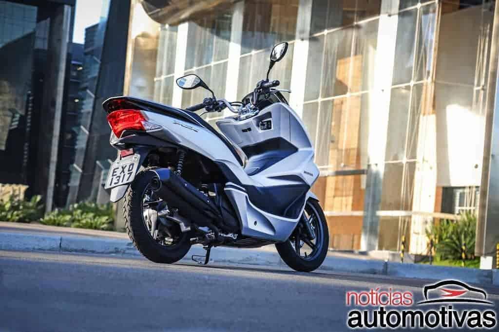 Honda PCX scooter: versões, anos, preços, motor (e manutenção)