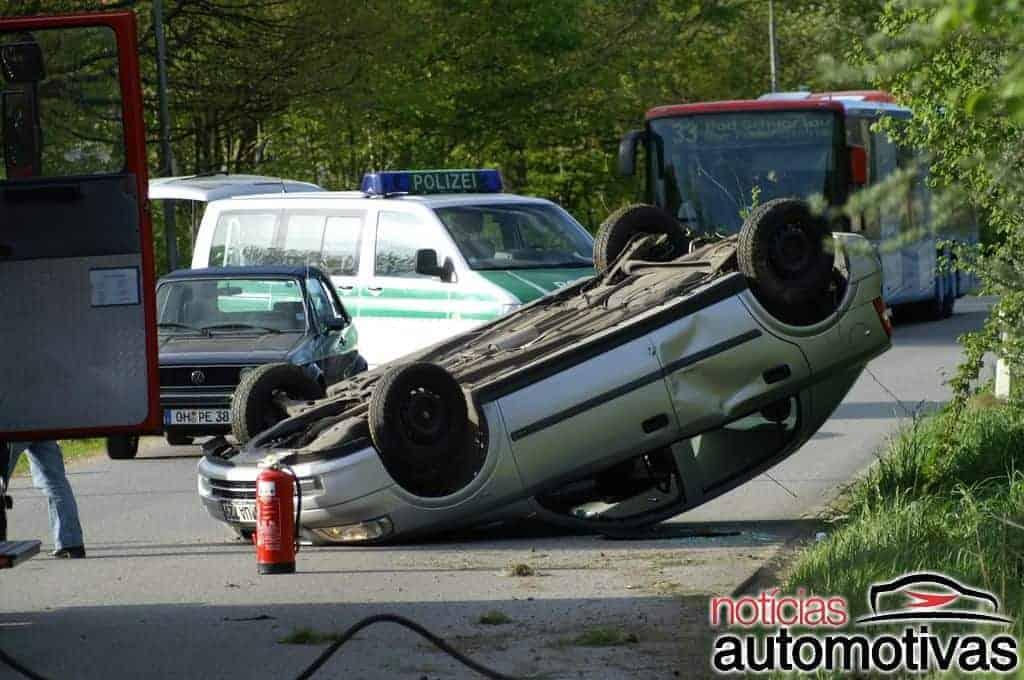 O que fazer ao se envolver em um acidente de trânsito? (13 dicas)