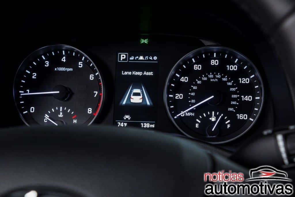 Hyundai Elantra 2017 chega em três versões e preço de R$ 84.990
