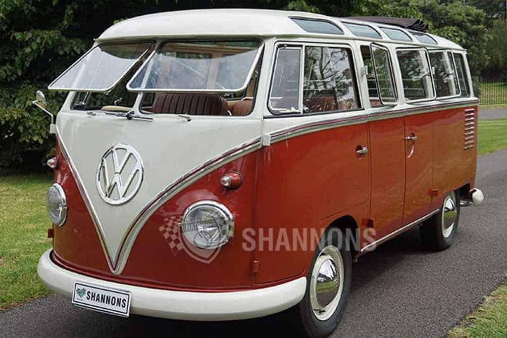 Kombi Samba Bus 1960 foi vendida por R$ 457 mil em leilão na Austrália