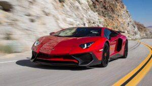 Lamborghini Aventador Superveloce chega aos EUA por R$1,6 milhão