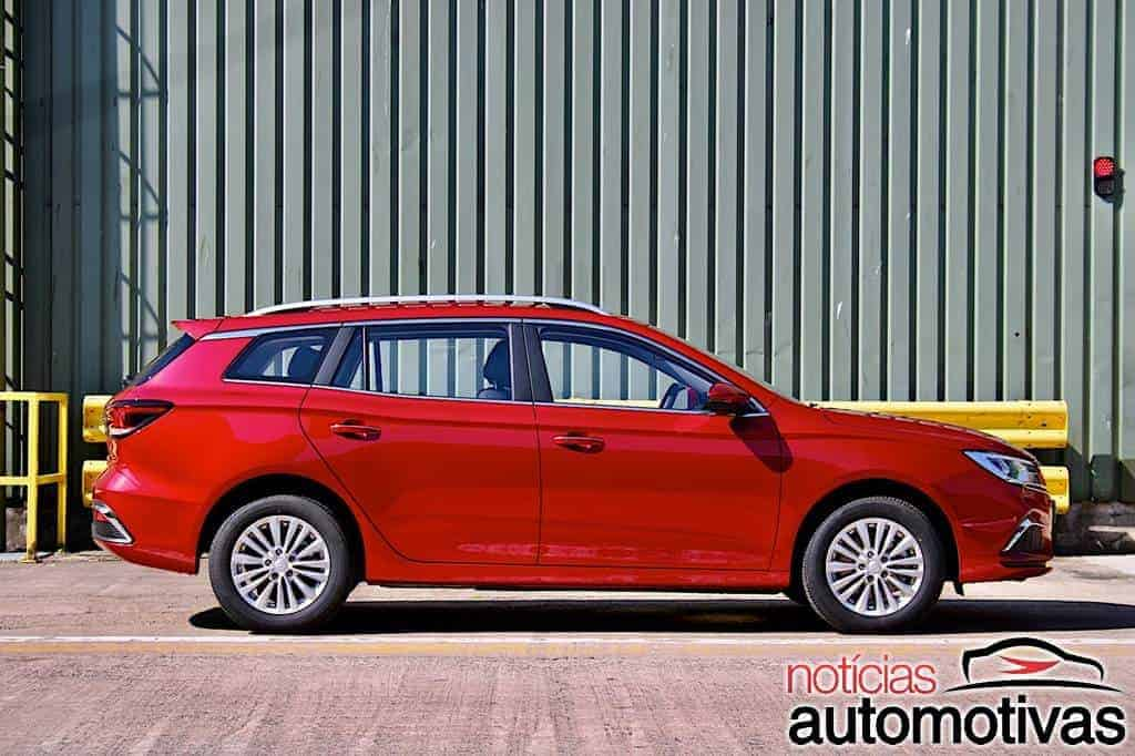 MG 5 Estate EV chega ao Reino Unido com MG HS híbrido plug-in