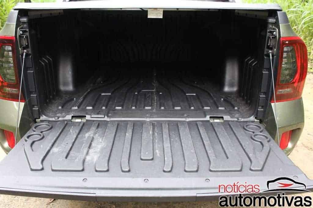 Avaliação: Renault Duster Oroch 2.0 é robusta mas deve em acabamento