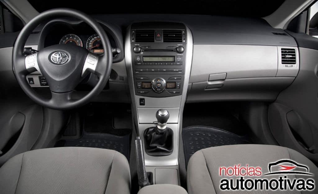 Corolla XEi: anos, detalhes, motor, consumo e equipamentos