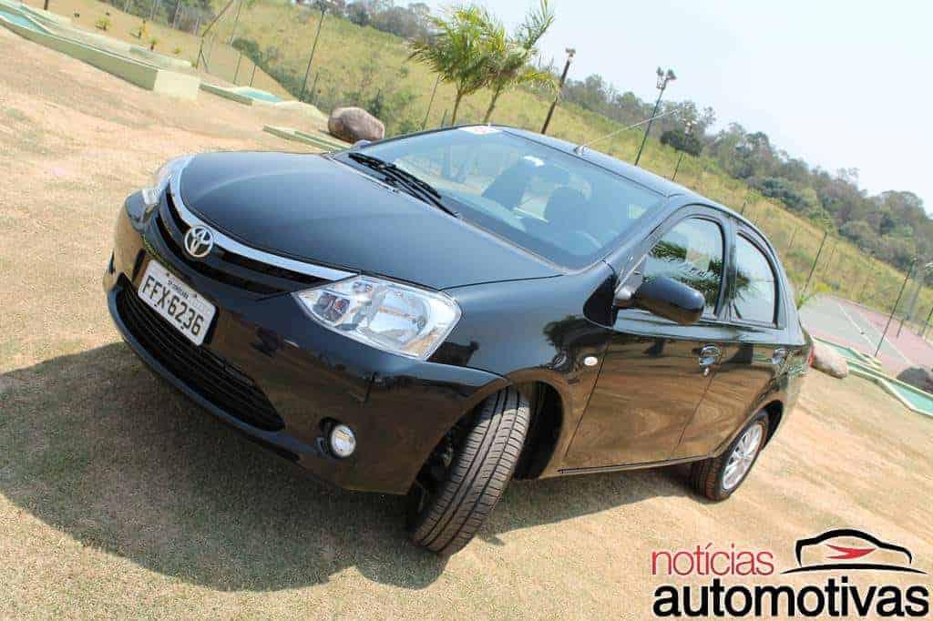 Toyota Etios: Impressões gerais e ao dirigir (83 fotos)
