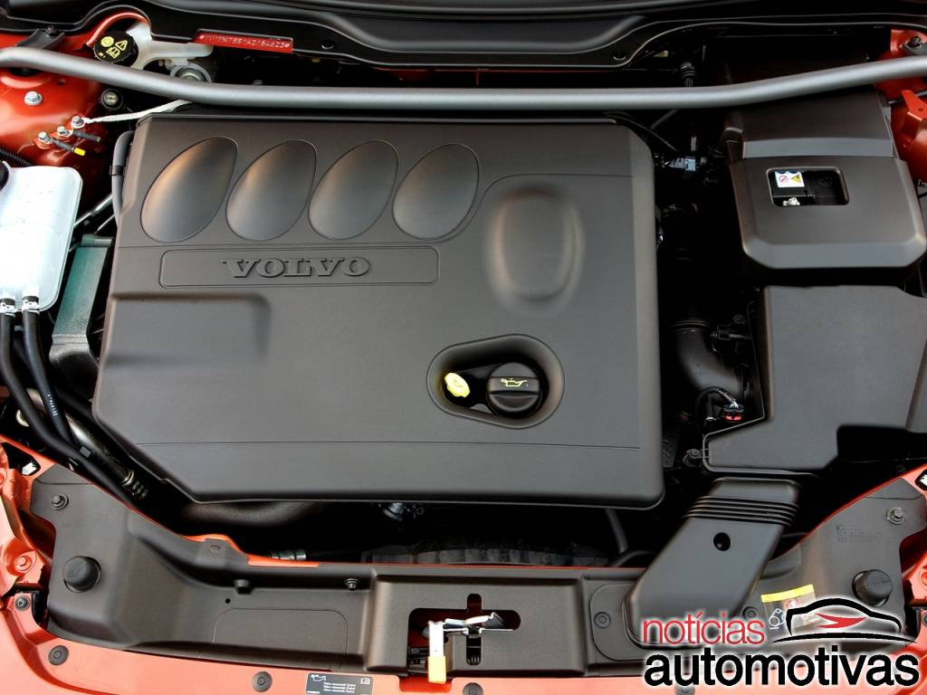 Volvo C30: design, motores, versões e edições especiais