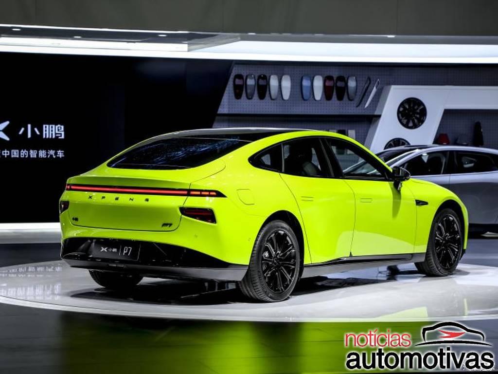 Xiaopeng P7 ganha versão esportiva com portas estilo Lamborghini