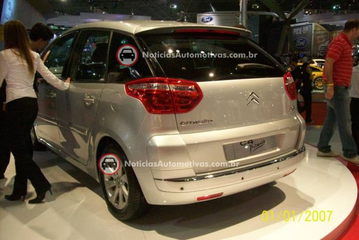 na-no-salao-do-automovel-citroen-c4-picasso-2