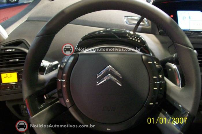 na-no-salao-do-automovel-citroen-c4-picasso-6