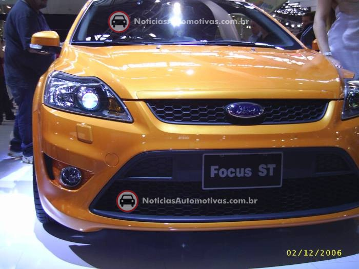 na-no-salao-do-automovel-ford-focus-sedan-titanium-e-st-2 NA no Salão do Automóvel: Ford Focus, Titanium e ST