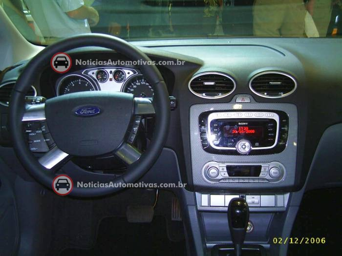 na-no-salao-do-automovel-ford-focus-sedan-titanium-e-st-5 NA no Salão do Automóvel: Ford Focus, Titanium e ST